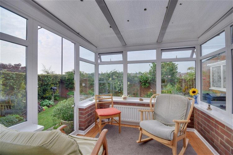 Conservatory - Picture 8 of 17